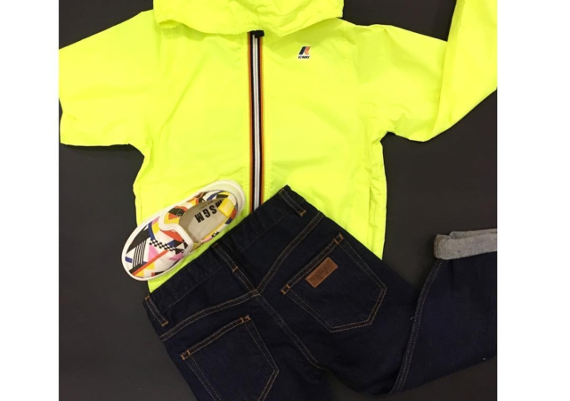 Yellow#instamamme#kidsstyle @fingerinthenose_official @kway_official @msgm_official