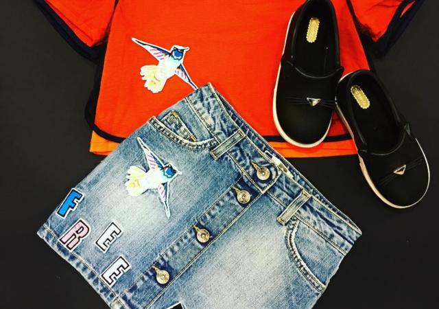 Orange e jeans#springsummer2017#instamom#instacool @msgm_official @minimelissa_shop