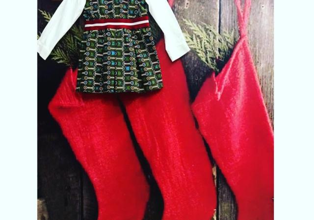 Rosso Natale#ilbianconigliocervia#kidswear#instababy @stellajeanltd
